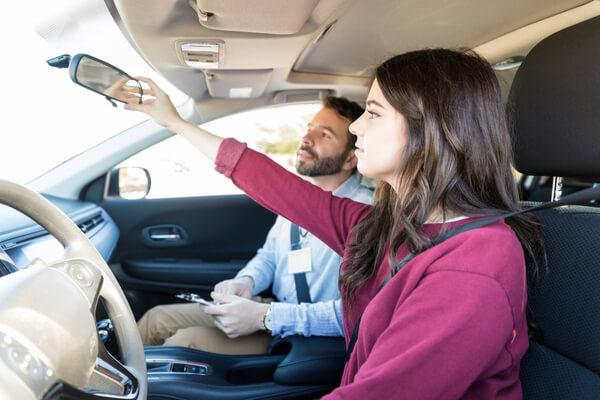 Vinn en personlig frihet med ett körkort